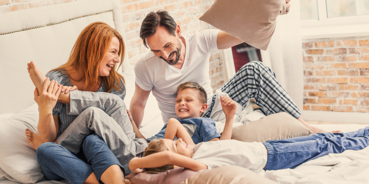 Happy - Family - Bed - Play